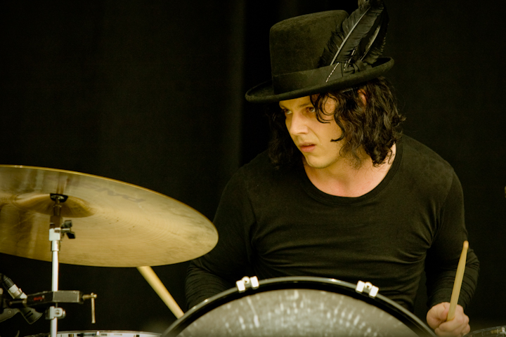 Jack White live in Dead Weather